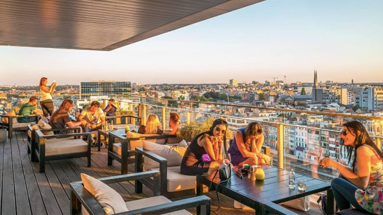 6 yummy dishes you can eat at Skybar in Antwerp!